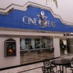 Facade du Cine Bar Santa Barbara