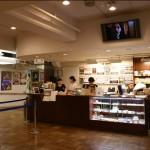 La billetterie/confiserie de Kyoto Cinema