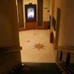 l'escalier vers les salles