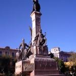 statue centrale de la Plaza Murillo