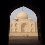 16 Dans l'embrasure de la porte...le Taj Mahal